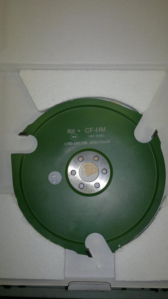Rh+ Čepovací fréza 250x12x30 mm
