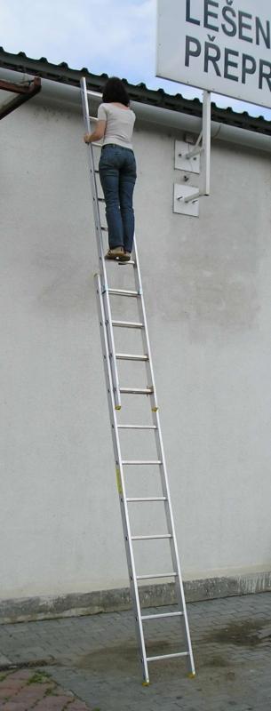 Zarges Výsuvný 2-dílný žebřík 7,32 m